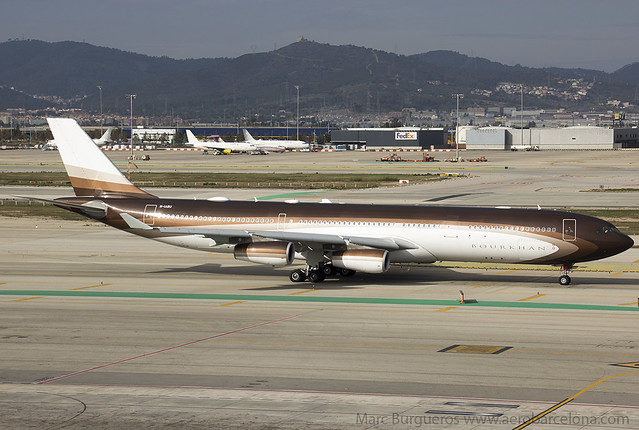 Global Jet Luxembourg Airbus A340 M-IABU