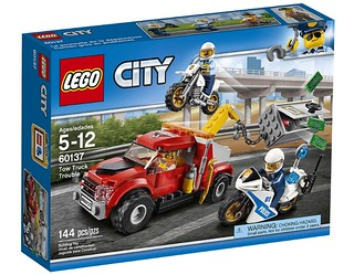 LEGO City Tow Truck Trouble (60137) box