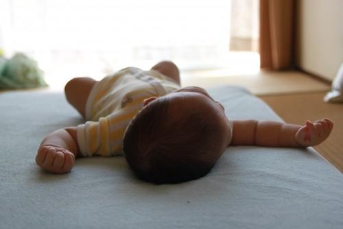 赤ちゃん 室内
