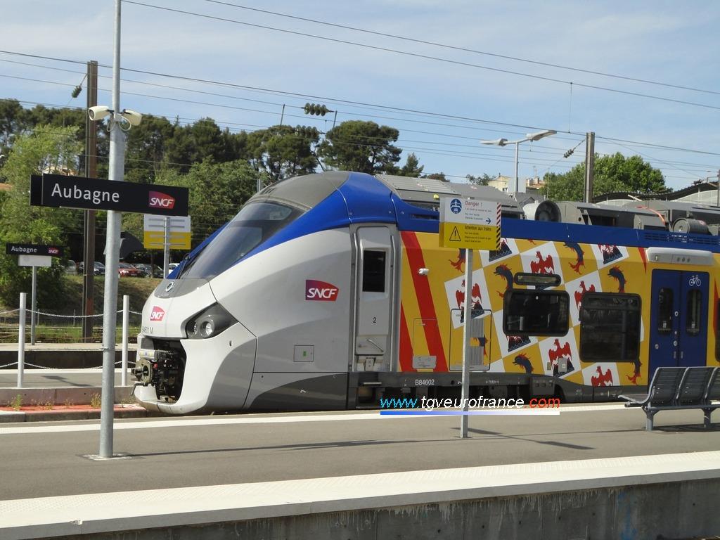 L'automotrice Régiolis B84601-B84602 SNCF en livrée Région PACA