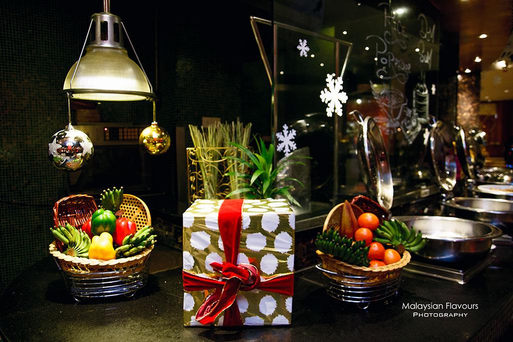 Renaissance Kuala Lumpur Hotel Christmas & New Year 2016