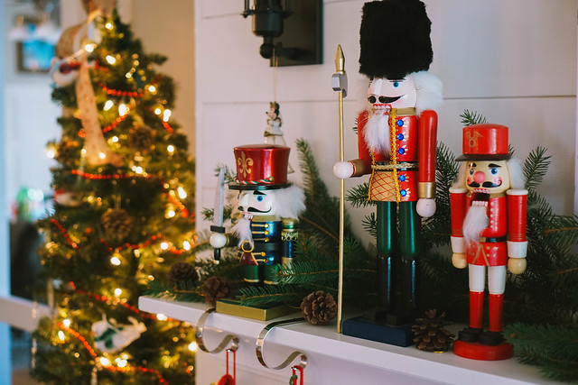 Nutcrackers on Mantle |Traditional Modern |Transitional Christmas Living Room Decor | Holiday Decorations