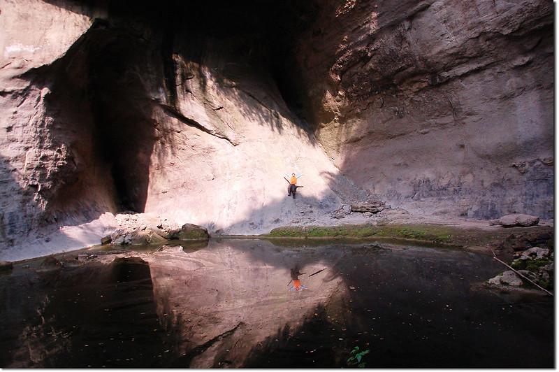 蝙蝠洞瀑布 3