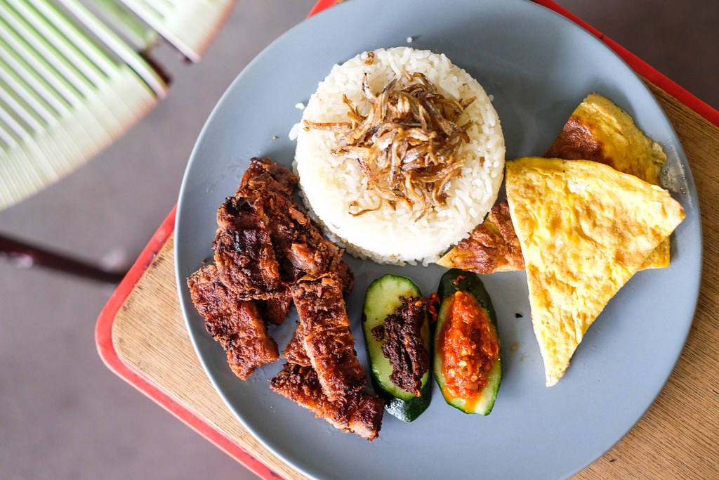 Nasi Lemak: Revolution Cafe