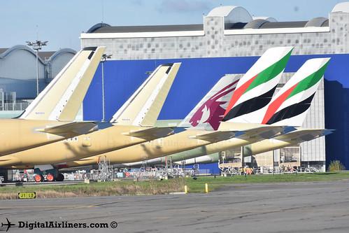 A350s & A380s near A380 Prod hall 27-11-2016