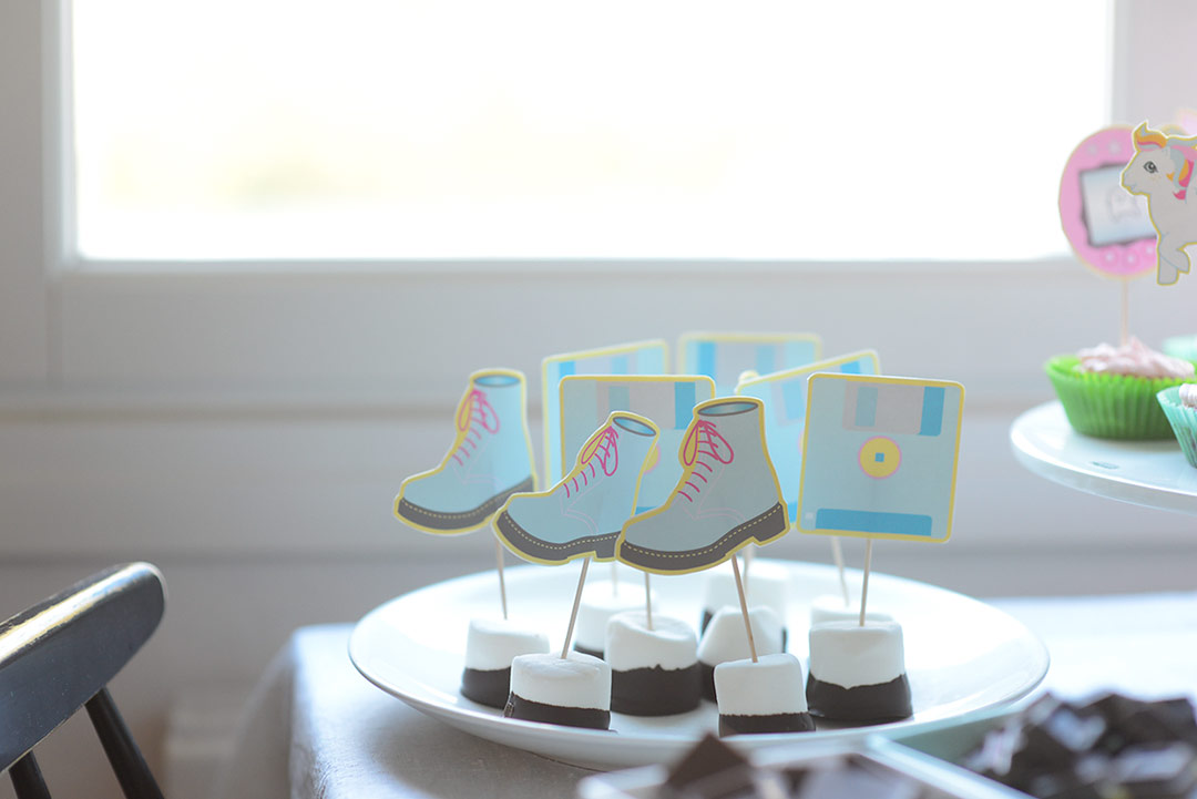 90's party printables - Dr Martens and floppy disks