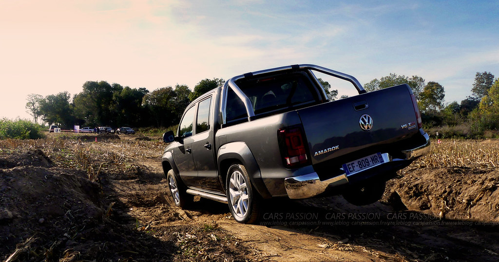 essai auto nouveau volkswagen amarok le pick up de luxe blog auto cars passion. Black Bedroom Furniture Sets. Home Design Ideas