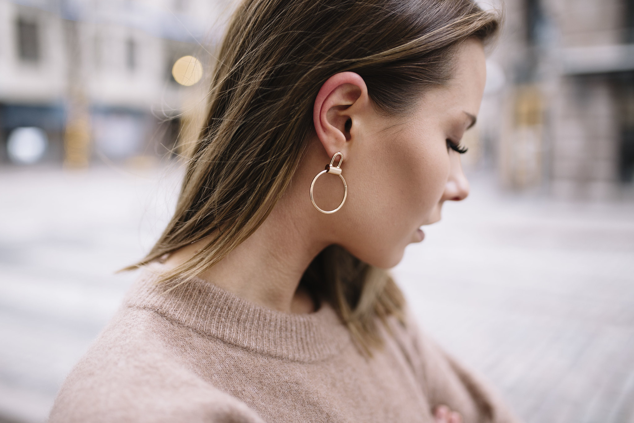 mango-earrings-blogger