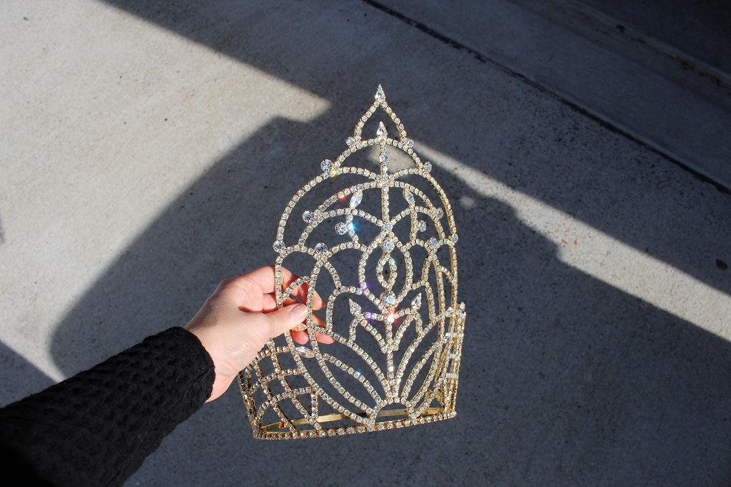 Gem Gossip crown