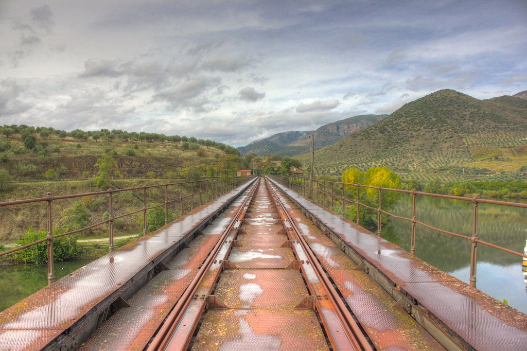 Puente abandonado