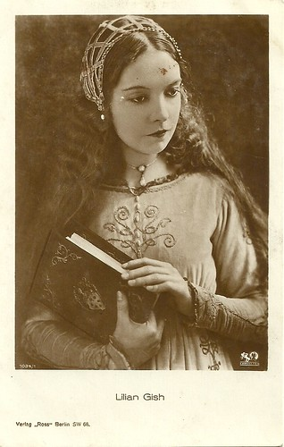 Lillian Gish in Romola