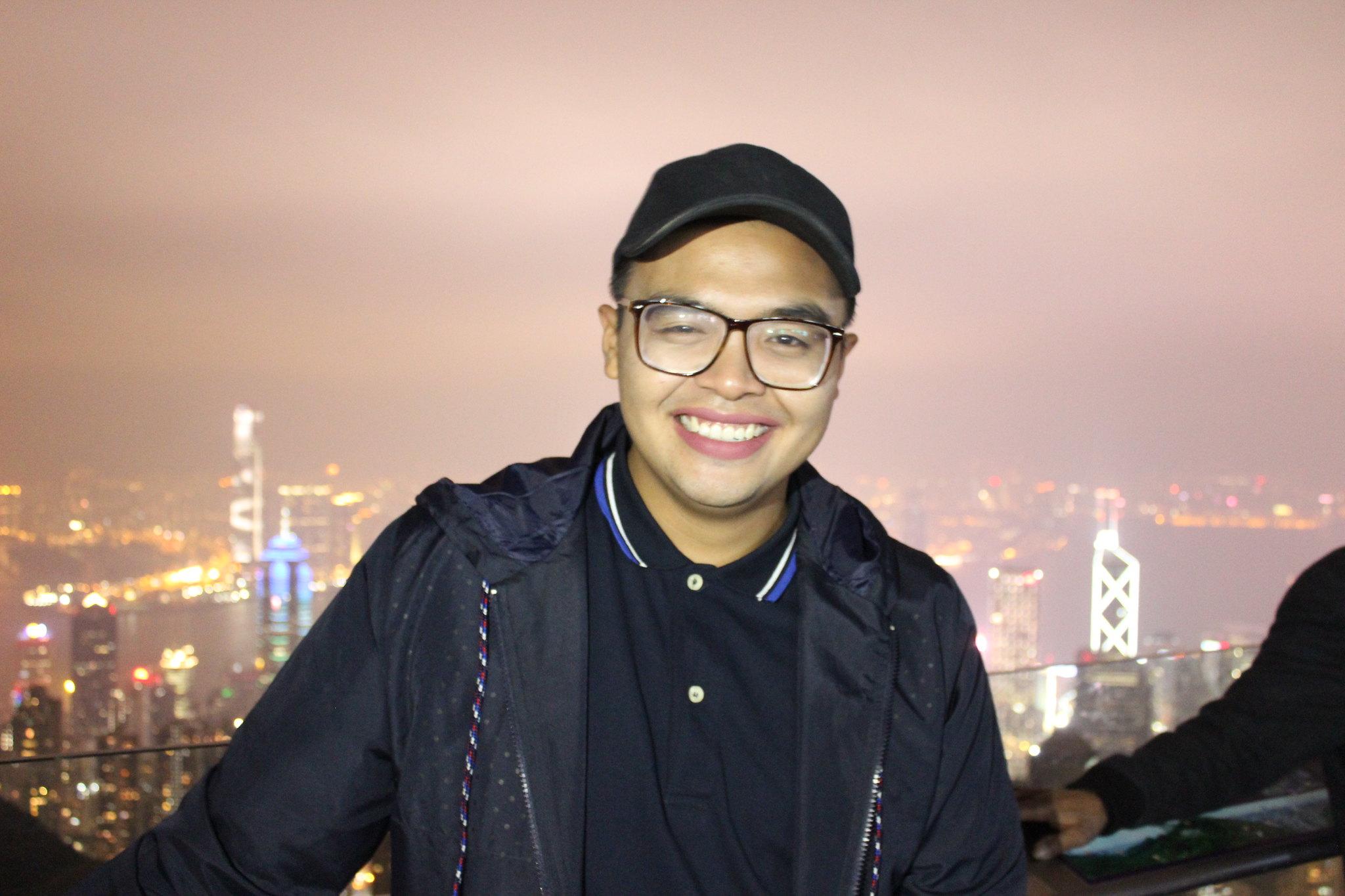 HK Day 1 - Weekend Sidetrip - Mc Pol Cruz