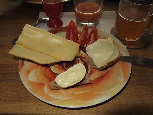 Diverse Käsesorten auf Körnerecke