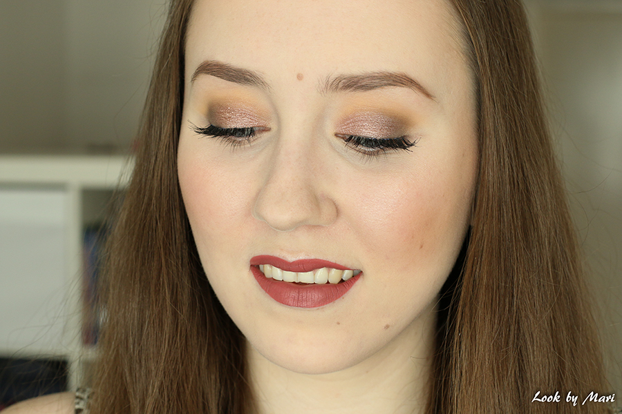 7 glittery brown smoky eye makeup look