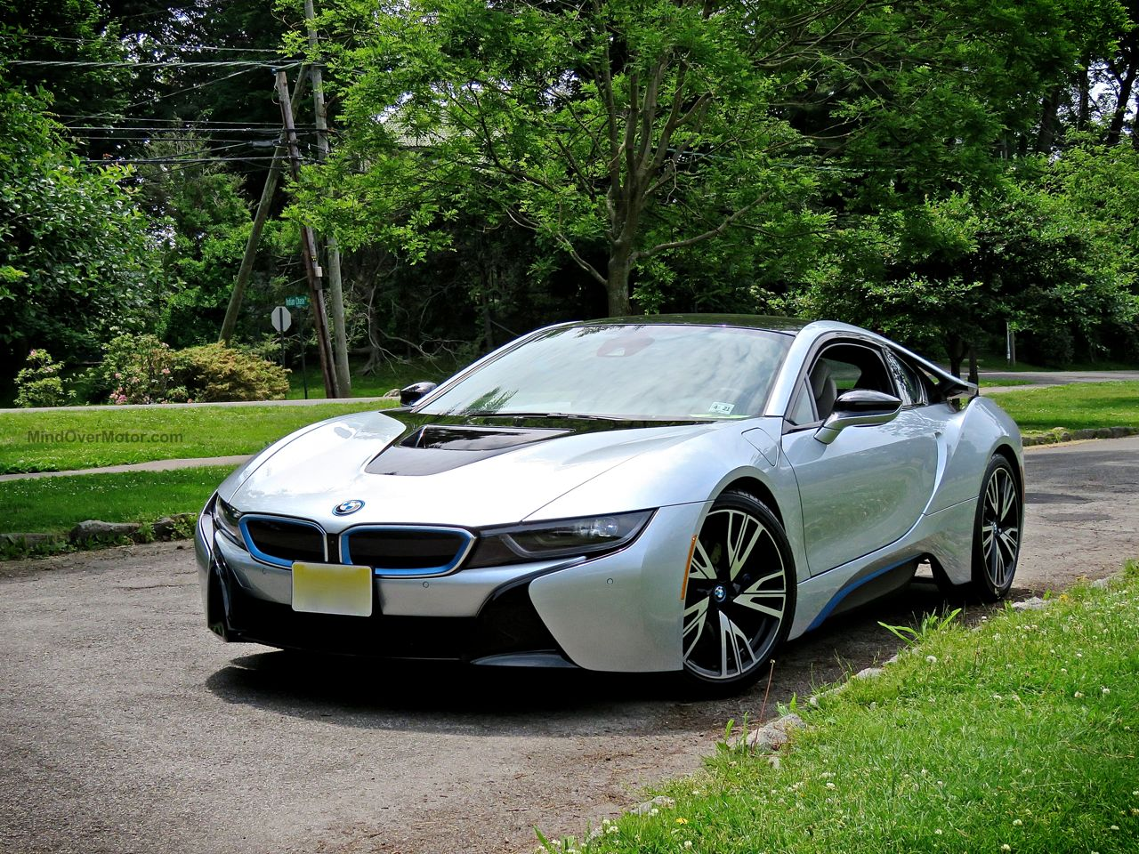BMW i8 Review 3
