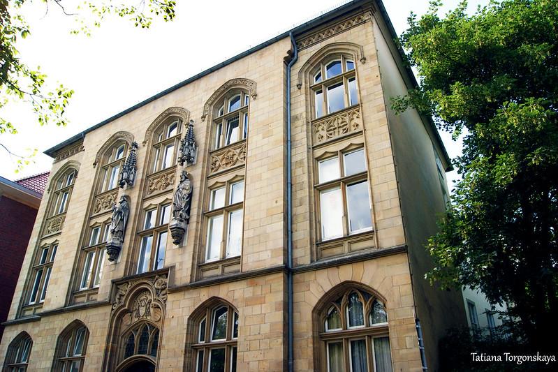 Здание коллегии