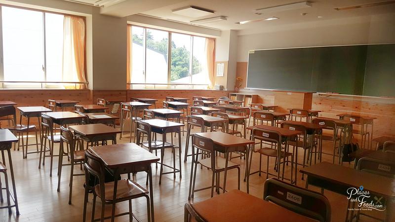 Kakunodate Senior High School akita classroom