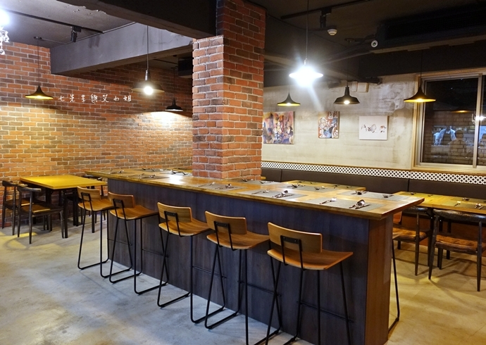 2 Grace Restaurant 東區美食推薦 小酒館