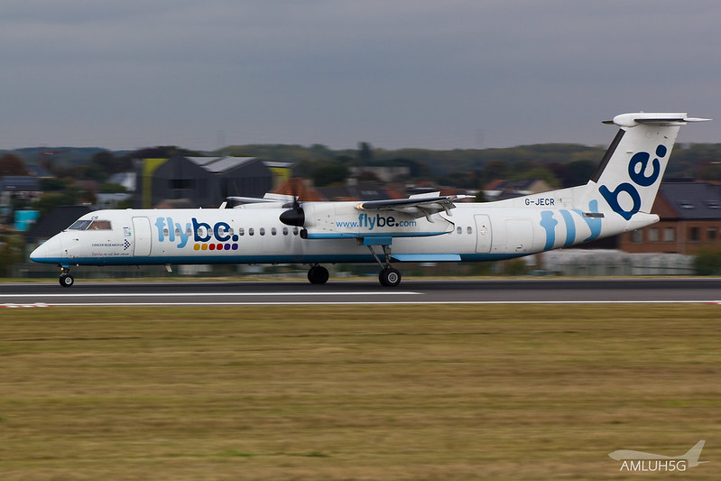 Flybe - DH8D - G-JECR (1)