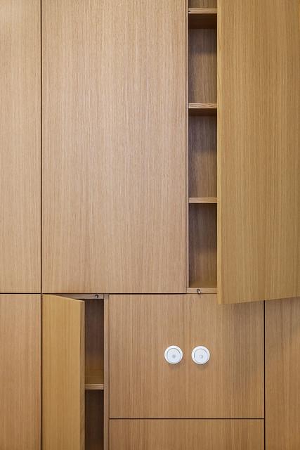 Restrained and luxury residence by Form Bureau Sundeno_12