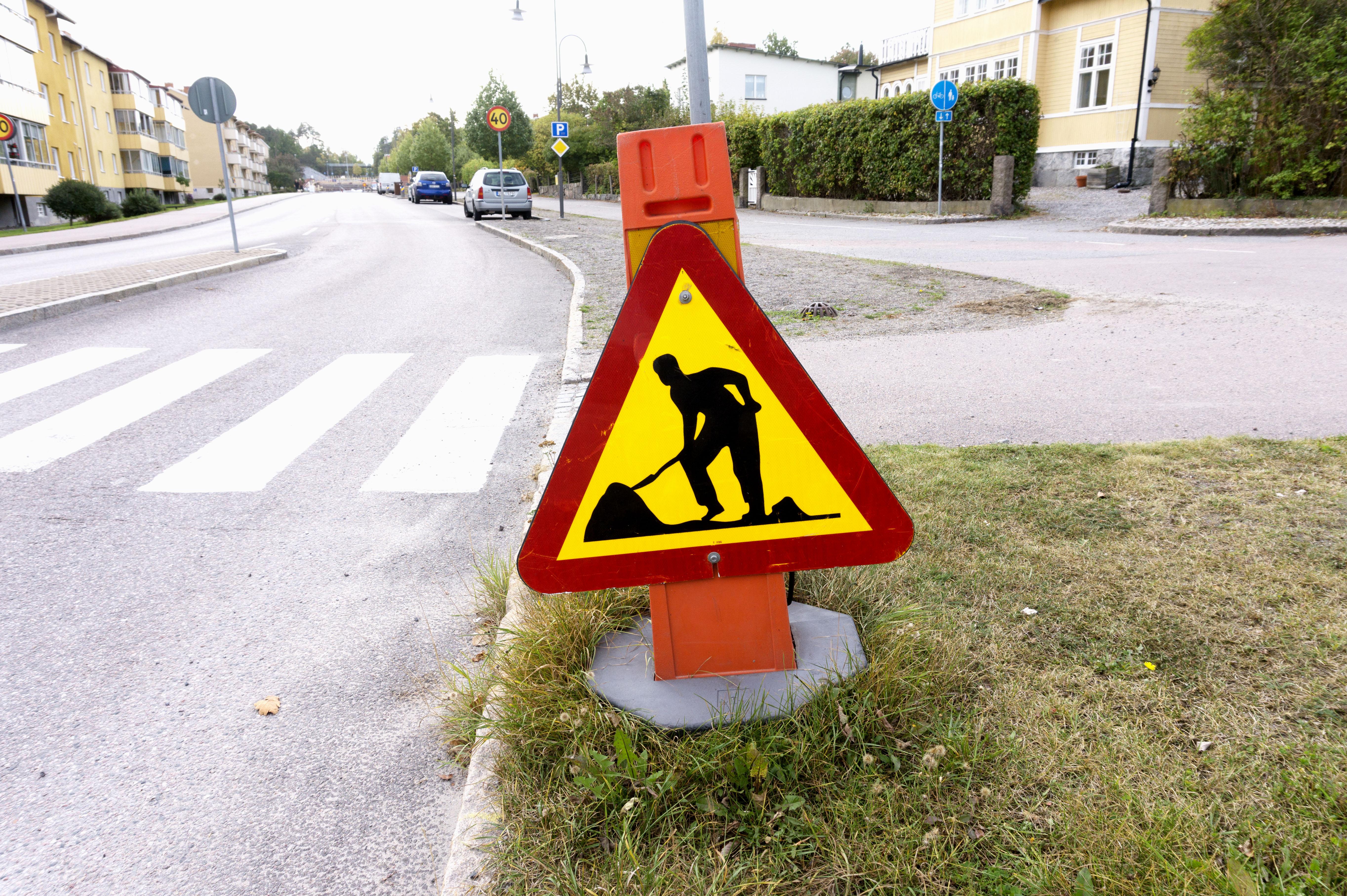 warning2