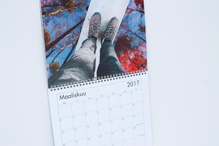 kalenteri omista kuvista-1707