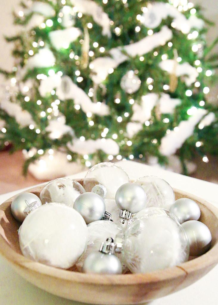Christmas Tree Glow Ornaments