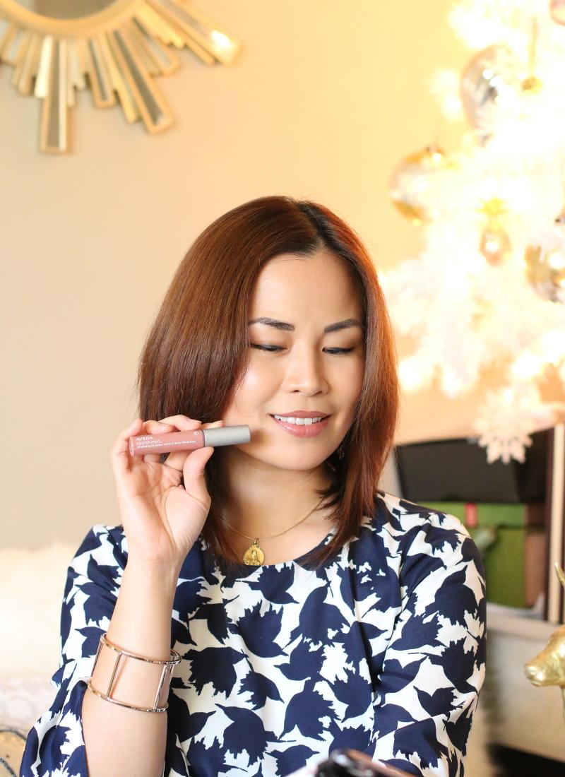 Holiday-gift-guide-aveda-makeup-9