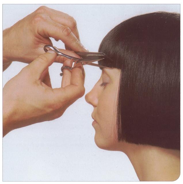 đường thẳng vuông trong cắt tóc Giáo trình Vidal Sassoon