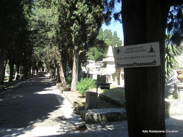 cimitero_cartello_ingresso