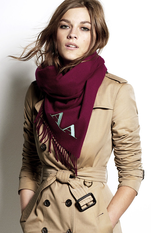 VIDEO: How to tie the scarf tutorial from Burberry