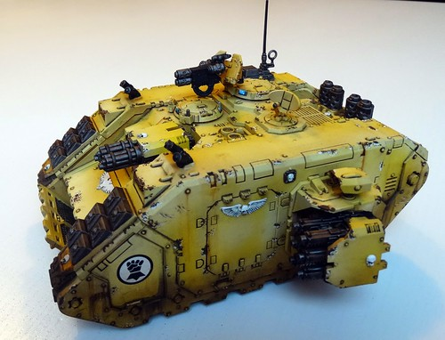 WH40K - Imperial Fist Landraider