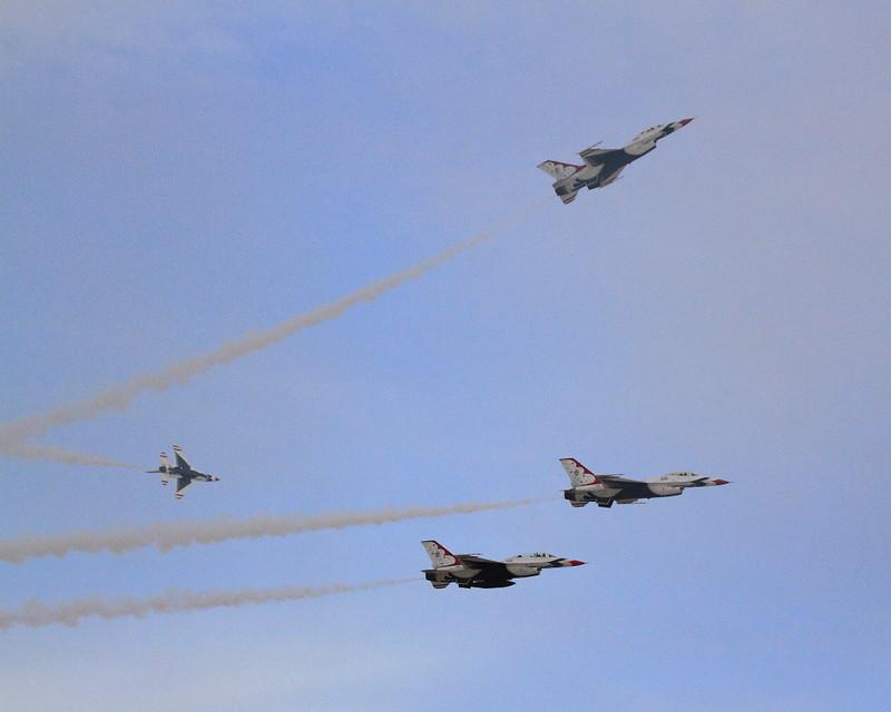 IMG_5451 Thunderbirds, Nellis AFB Air Show