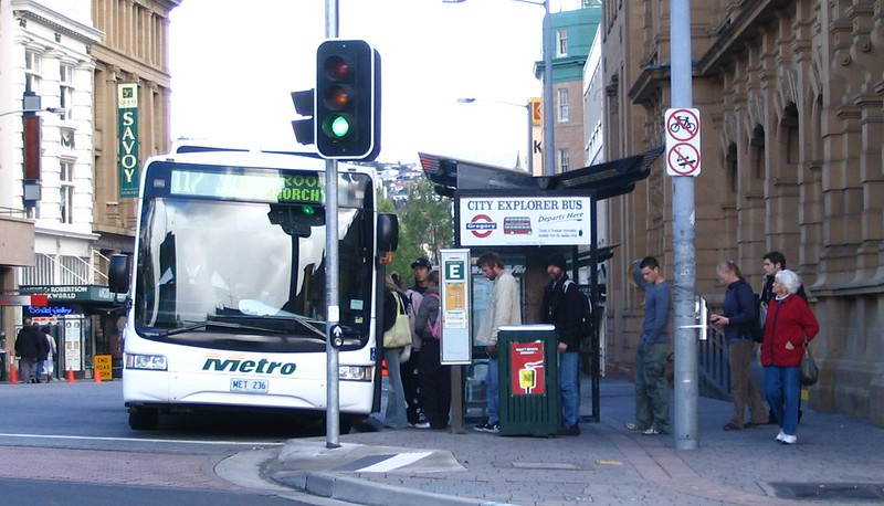 Metro bus in Hobart, October 2006