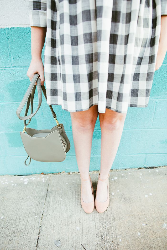writes like a girl asos gingham smock dress blush block heels17