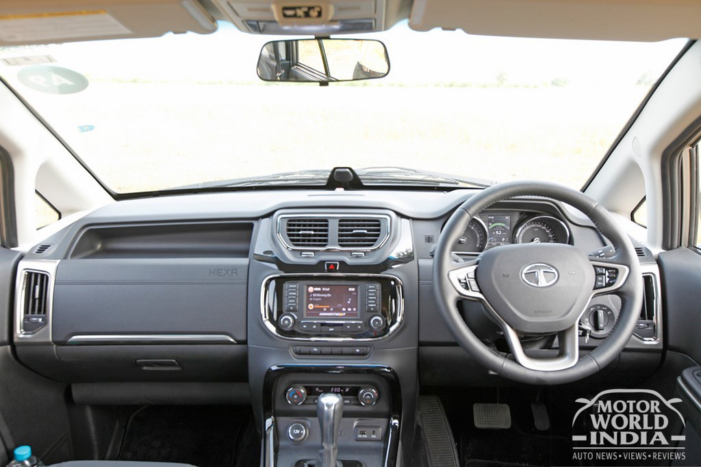 Tata-Hexa-Interior-Dashboard (2)