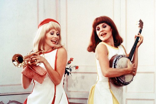 Les Demoiselles de Rochefort - screenshot 2