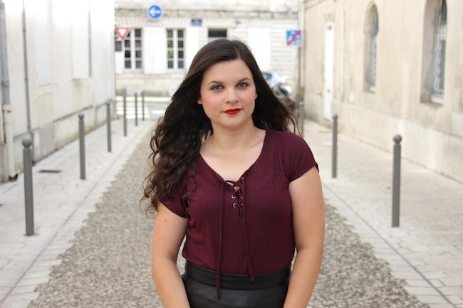 comment_porter_top_lacet_bottines_franges_façon_feminine_blog_mode_la_rochelle_4