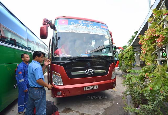 vietnam cambodia border cross