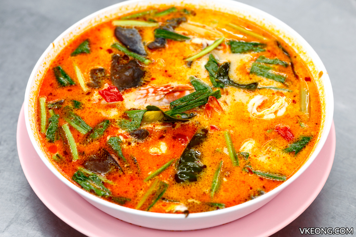 Huai Khwang Seafood Tom Yum