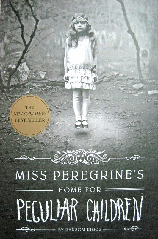 Miss Peregrine's Home for Peculiar Children - Book Cover 1