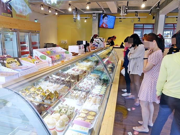 12 亞尼克台中旗艦店 台中美食 台中旅遊 帕達諾起司生乳捲