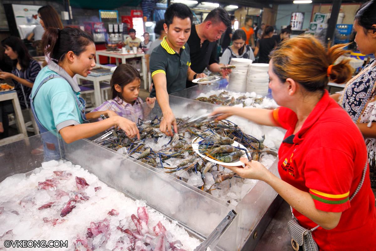 Mangkorn Seafood Taking River Prawns