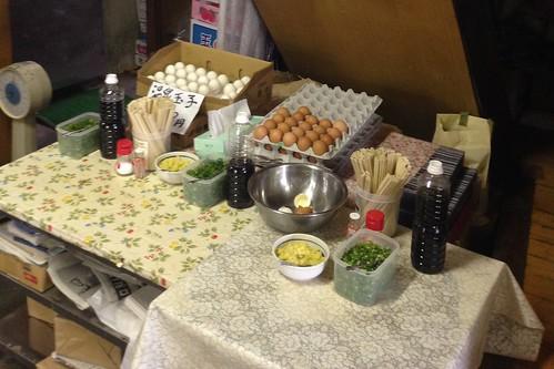 kagawa-mitoyo-suzaki-grocery-store-inside-condiments