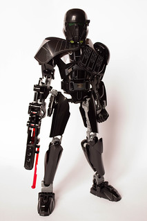 [Revue] Star Wars 75121 : Imperial Death Trooper 29611324823_5af775e775_n