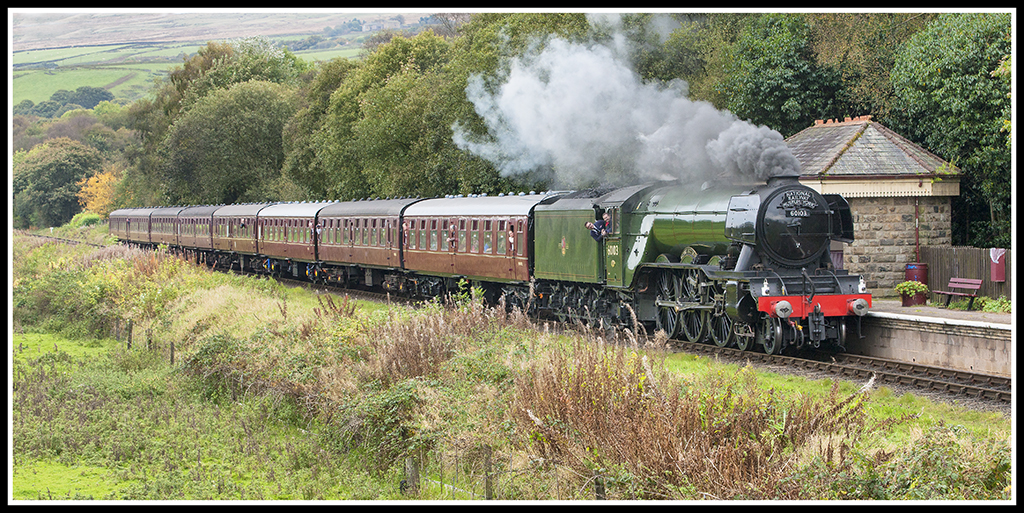 The Flying Scotsman (Recently on the East Lancs Railway) 29694088503_e1dfdeb5c8_b