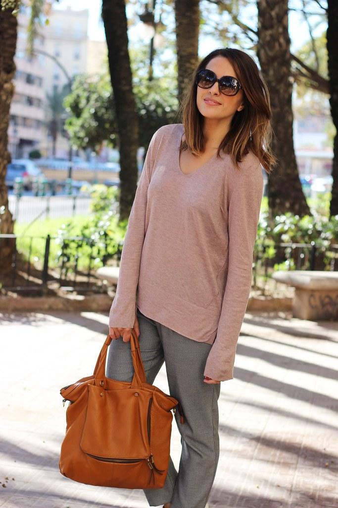 Pantalones de pinzas_ Rojo Valentino Blog (4)