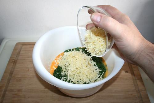 15 - Käse dazu geben / Add cheese