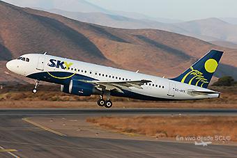 Sky Airline A319 CC-AFX take off LSR (Santiago Díaz)