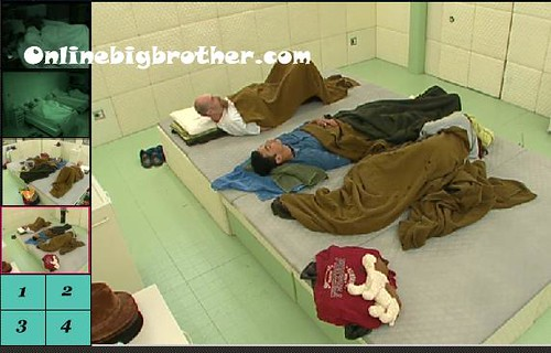 BB13-C4-7-18-2011-7_20_07.jpg | by onlinebigbrother.com